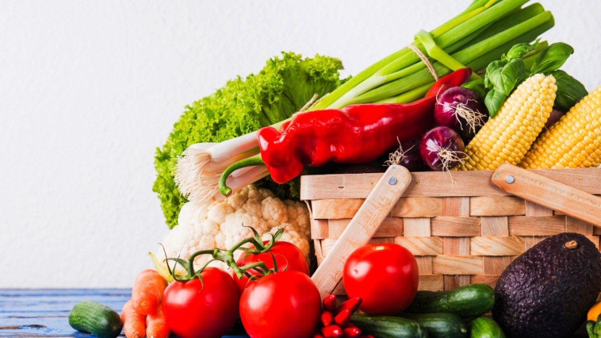 How to Grow Healthy Fruits and Vegetables